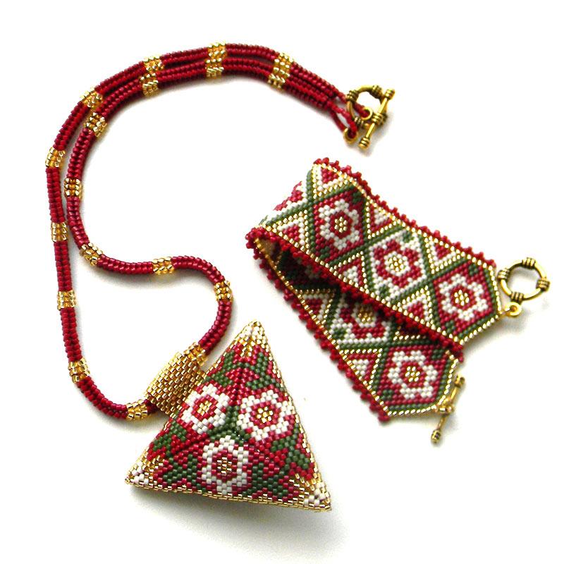 Мозаичное плетение из бисера